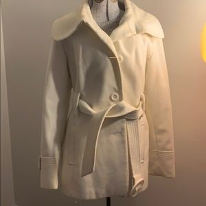 White belted pea coat 🧥